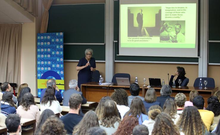 Conferencia de Joanne Chory y Sandra Myrna en la Facultad de Biología de la Universidad de Oviedo