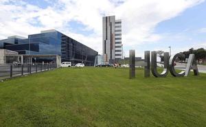 El juez elogia al HUCA por forzar el parto de la mujer que pretendía dar a luz en casa en Oviedo