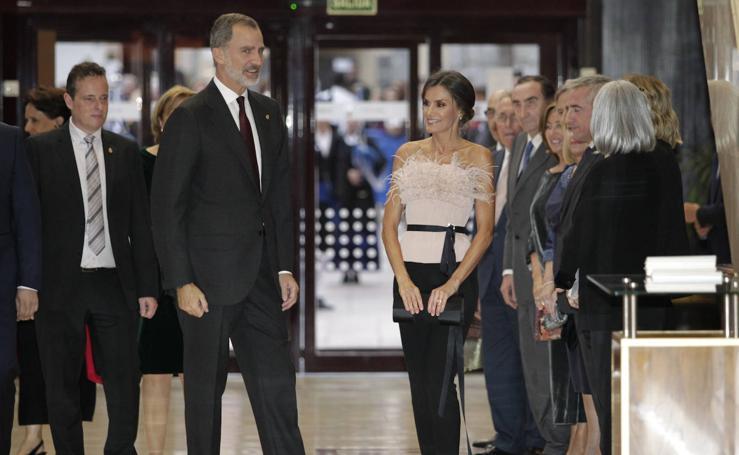 Los Reyes presiden el concierto de los Premios Princesa en el Auditorio