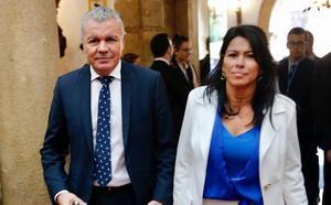 Los empresarios ven en la coincidencia entre los galardones y la situación de Cataluña «la cara y la cruz» de España