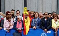Las inmediaciones del Campoamor se llenan con motivo de los Premios Princesa