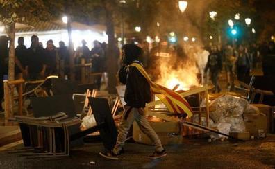Enfrentamiento entre grupos de extrema derecha e independentistas en las calles de Barcelona