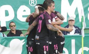 El Sporting gana fuera de casa por primera vez esta temporada
