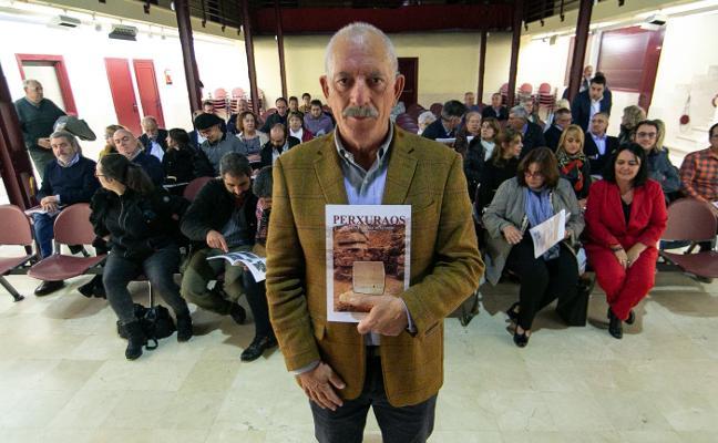 La revista Perxuraos presenta su octavo número en Posada