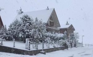 Llega la nieve a Asturias y Gijón concentra las mayores lluvias