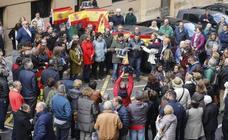 Policías asturianos se concentran en Oviedo en apoyo a sus compañeros en Cataluña