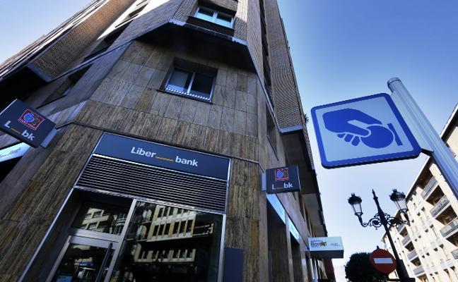 Liberbank plantea a la plantilla otra reducción salarial durante tres años para rebajar costes