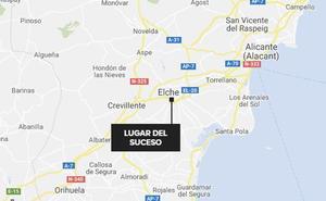 Encierra durante tres días a sus hijas en la oficina en Alicante