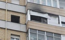 Dos personas heridas, una de ellas grave, en un incendio en Gijón