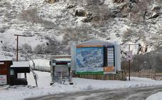 Intensas nevadas complican el tráfico por Asturias
