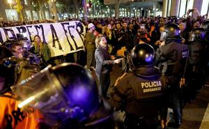 Los radicales logran mantener la tensión en Cataluña un mes después de la sentencia