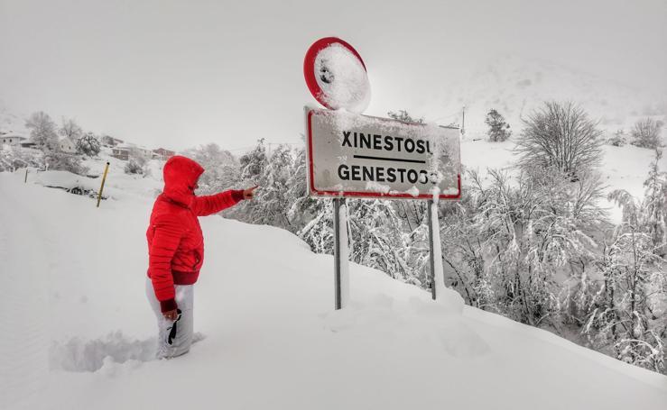 La nieve y la lluvia hacen estragos en el Occidente