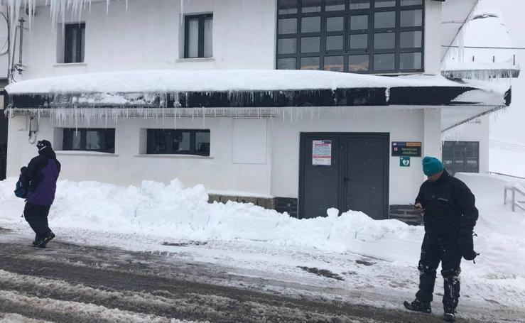 Asturias vive un fin de semana bajo la nieve