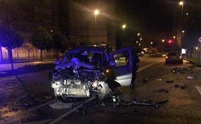 Dos heridos en un choque en Gaspar García Laviana, en Gijón