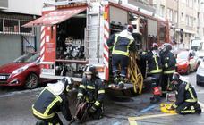 Susto por un incendio en la carretera Vizcaína de Gijón