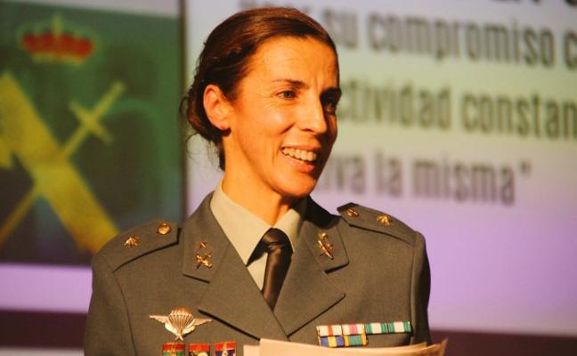 La primera oficial de la Guardia Civil de Asturias, entre las mujeres más influyentes