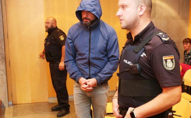 La Fiscalía pide treinta años de prisión para el acusado del crimen de Ciudad Naranco