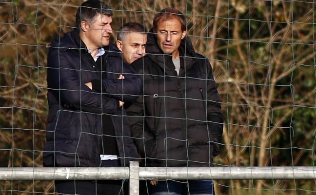 Real Oviedo   Arnau se pone manos a la obra