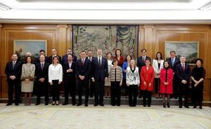 La elección de Delgado como fiscal general eclipsa el primer día del nuevo Gobierno