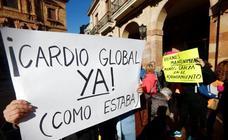 Protesta en Oviedo por los recortes en los centros deportivos