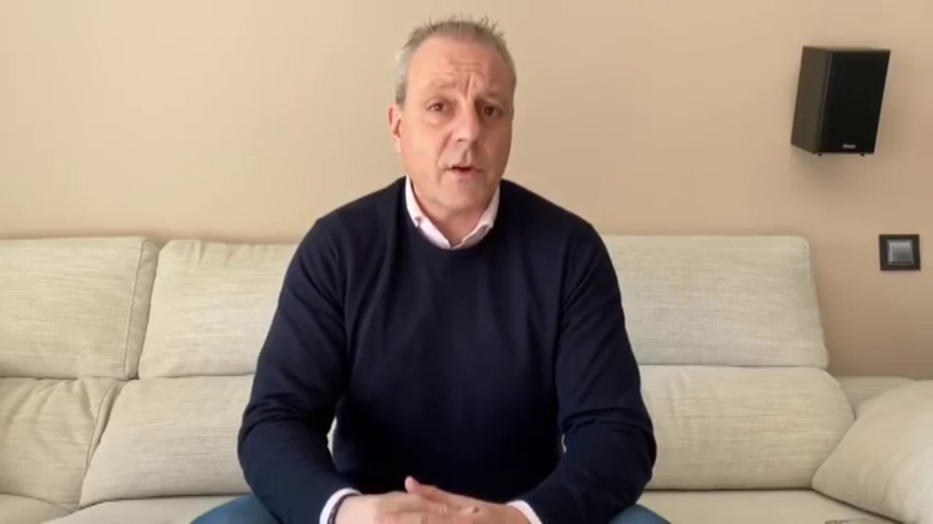 Francisco V. Blázquez transmite un mensaje de tranquilidad a la familia del balonmano