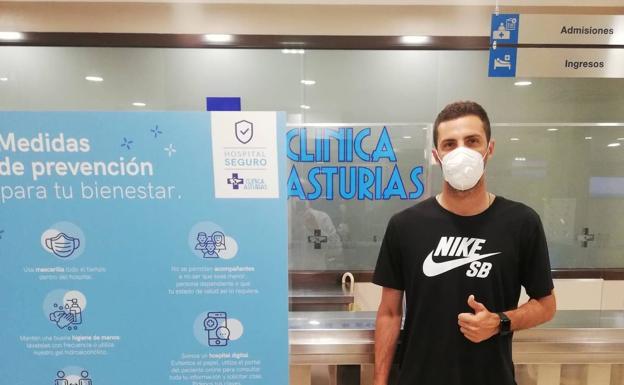 solidaridad Burlas Menos  Aburjania firma por el Real Oviedo una temporada con opción a otra | El  Comercio
