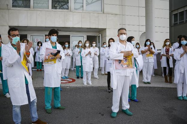 Los médicos de Asturias, contra Illa por «dinamitar la formación especializada»