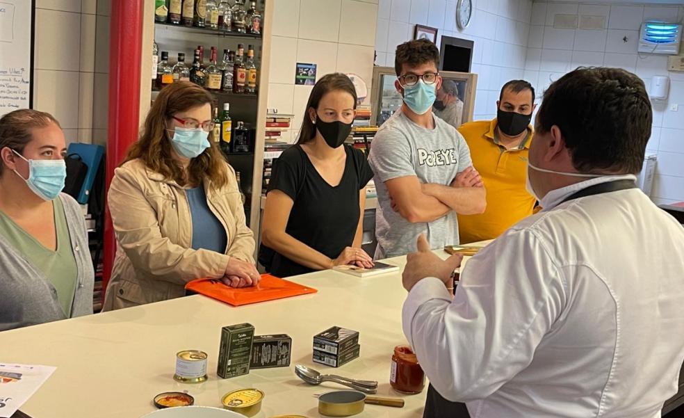 El salón gourmet del sector conservero reunirá a una veintena de expositores en Candás