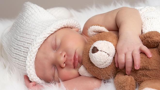 Dormir con el bebé, ¿riesgo o práctica sana?