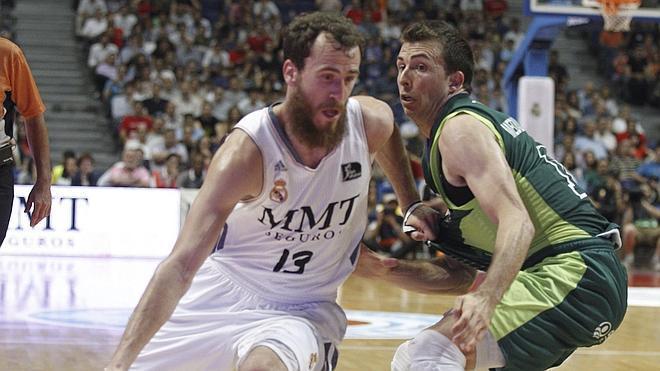 Felipe Reyes pone al Madrid al borde de la final