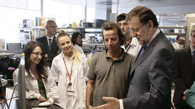 Rajoy se compromete con la ciencia y la innovación