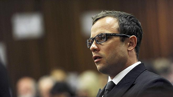 El fiscal pide una condena por homicidio contra Pistorius