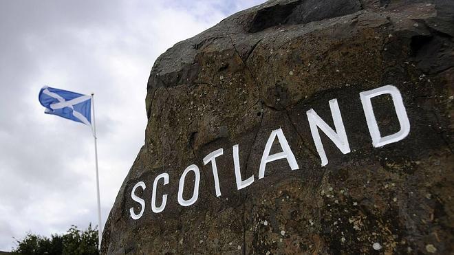 Escocia deshoja la margarita de la independencia