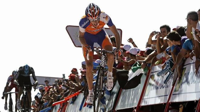 Robert Gesink abandona la Vuelta por cuestiones personales