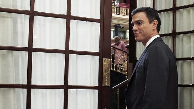 Sánchez acusa a Mas de dar «un nuevo paso hacia la ruptura de la sociedad»