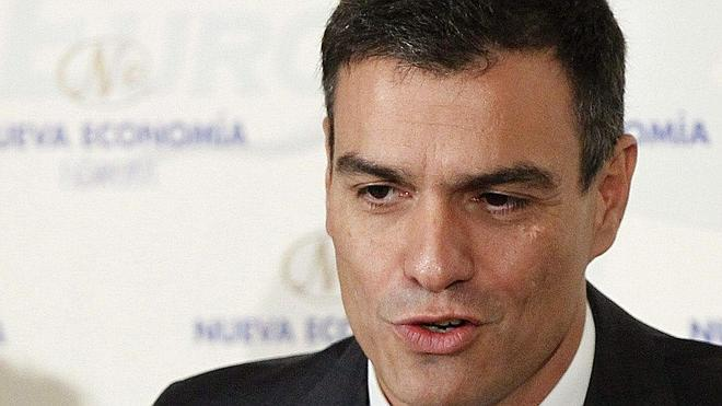 Sánchez: «No se puede representar a los ciudadanos en los ratos libres»
