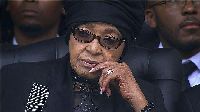 Winnie Mandela reclama ante los tribunales una casa de Madiba