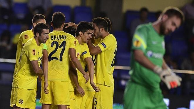 El Villarreal pone rumbo a los dieciseisavos