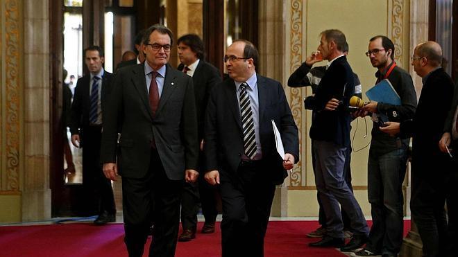 El PSC insta a Mas a alcanzar acuerdos para evitar unas plebiscitarias