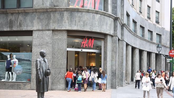 H&M; factura un 14% más y anuncia su desembarco 'online' en ocho países europeos