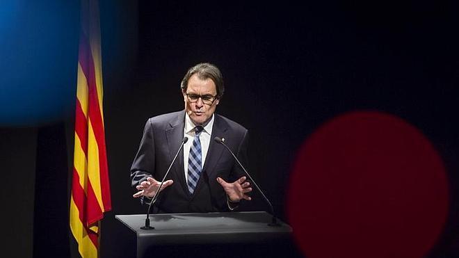 ERC da margen a Mas y facilita la tramitación de los presupuestos catalanes