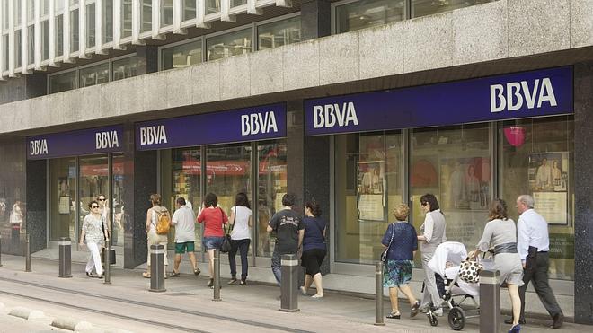 La banca deberá avisar también a los autónomos de si les va a cerrar el crédito