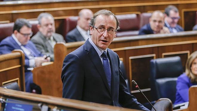 Alonso convoca para el lunes un comité de expertos sobre la hepatitis