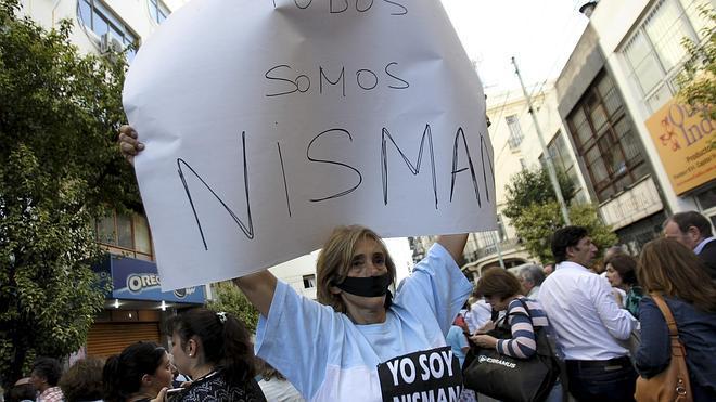 El arma que mató a Nisman se disparó a menos de un centímetro de su sien