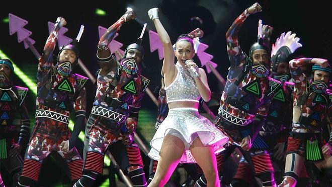 Katy Perry deslumbra en Barcelona con un show caleidoscópico