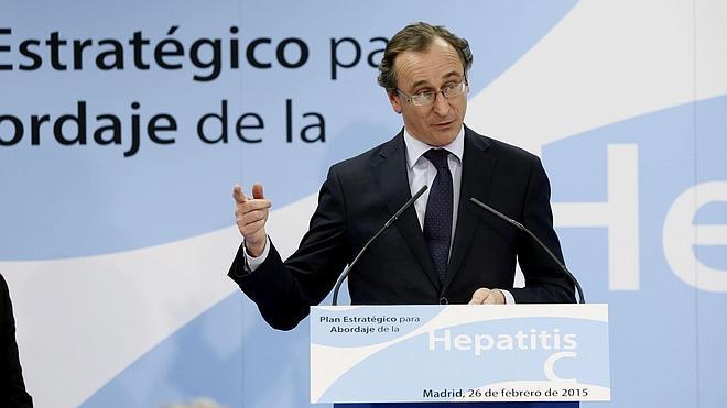 El PSOE exige a Sanidad que dé explicaciones en el Congreso sobre el plan de hepatitis C