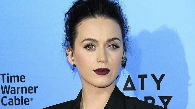 Katy Perry se corta el pelo al estilo 'pixie'