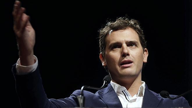 Rivera: «No voy a ser vicepresidente de Sánchez, de Rajoy o de Iglesias»