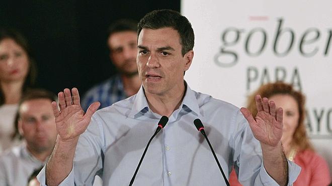 Sánchez defiende el derecho del PSOE a pactar desde su «centralidad»