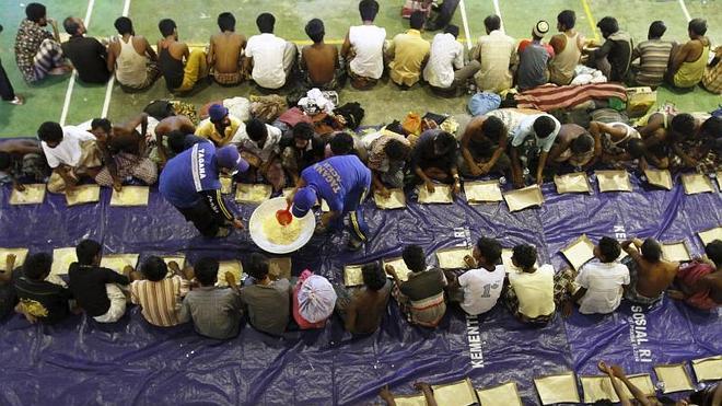 Rescatados otros 400 inmigrantes frente a la costa de Indonesia